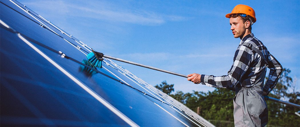 Everything You Need To Know About Cleaning The Solar Panels!